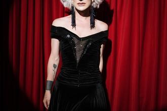 Si cerca donna transessuale tra i 30 e i 40 anni per film