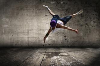 Audizioni ballerini con competenze video dance e hip hop per nuovo progetto artistico a Ostia